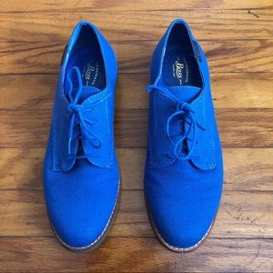 G.H. Bass & Co. Elly Canvas Oxfords